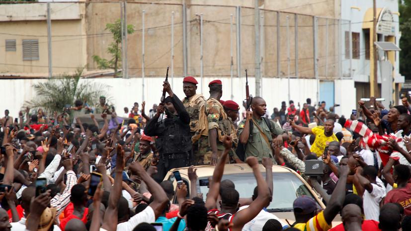 Мятежники в Мали сообщили об открытии границы