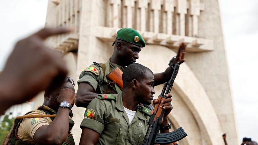 Российский посол в Мали встретился с представителями военных