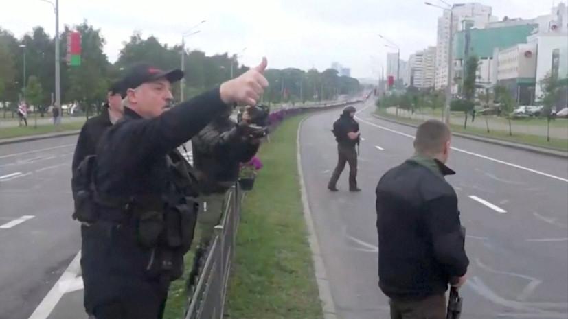 Оппозиция потребовала проверить передачу оружия сыну Лукашенко