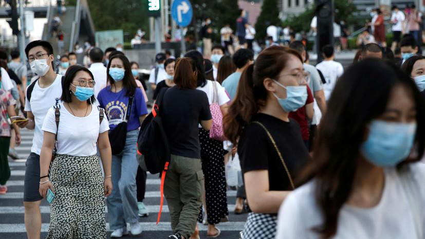 В Китае за сутки выявили 15 завозных случаев COVID-19