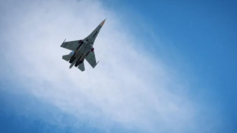 Два Су-27 вылетали на перехват бомбардировщика ВВС США над Балтикой