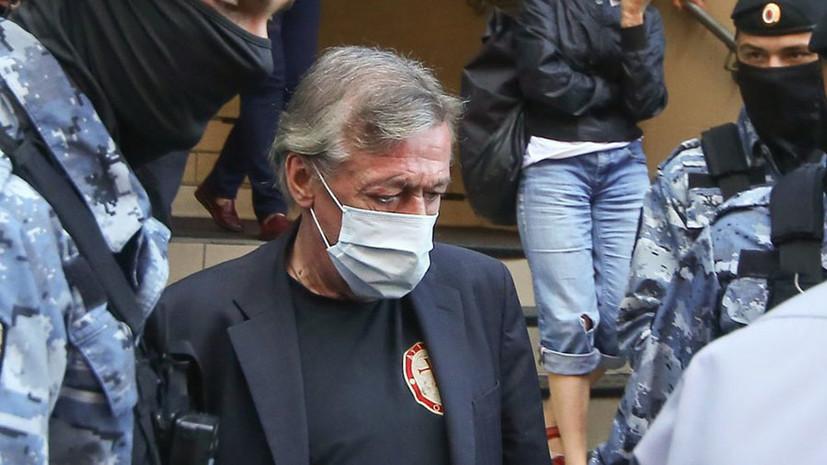 Свидетель рассказал о севшем в машину Ефремова перед ДТП мужчине