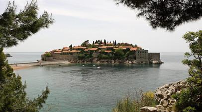 «Учитывая нужды туристического сектора»: Черногория разрешила въезд для граждан РФ без дополнительных условий