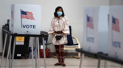 Избирательный участок во время праймериз в США, город Лас-Крусес, 2 июня 2020