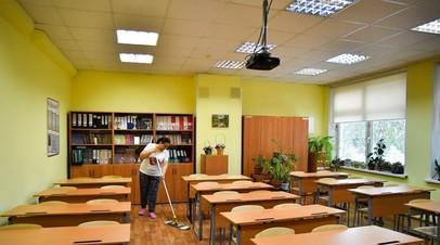 В Госдуме предложили перенести на октябрь начало учебного года