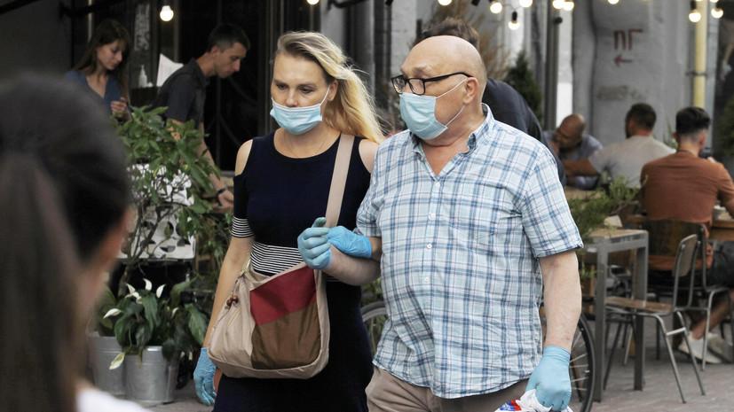 На Украине за сутки выявлено 2430 случаев коронавируса