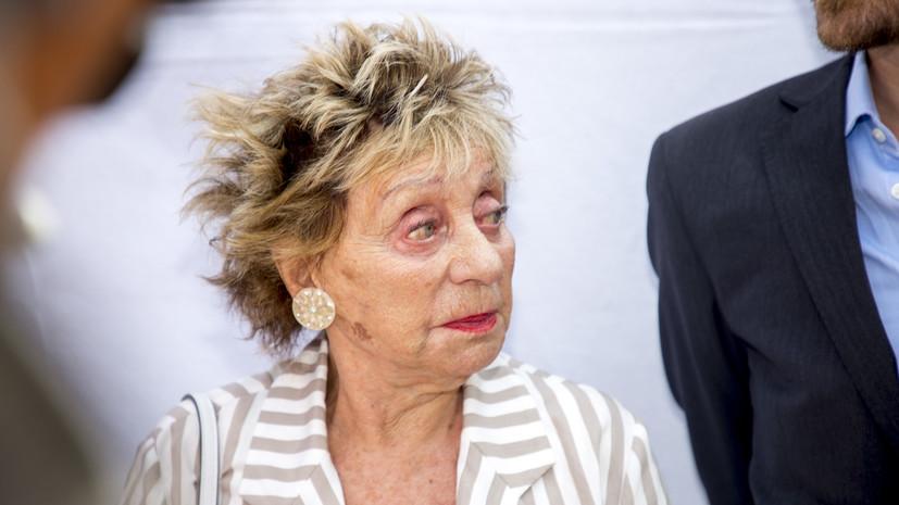 Умерла певица Анни Корди