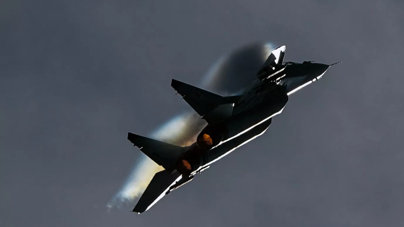 МиГ-29 сопроводил самолёт-разведчик ВВС Британии над Баренцевым морем
