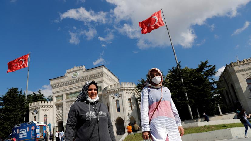 В Турции запретили проезд стоя в транспорте из-за коронавируса