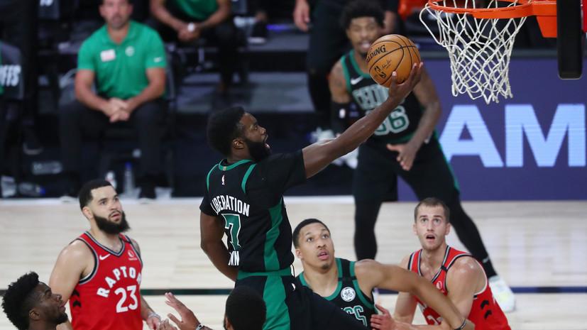 27 очков Брауна помогли «Бостону» обыграть «Торонто» и повести в серии плей-офф НБА