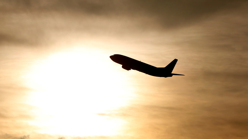 Самолёт с 15 российскими детьми вылетел из Сирии