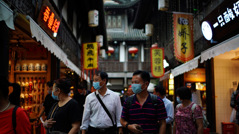 В Китае за сутки выявили 10 новых носителей коронавирусной инфекции