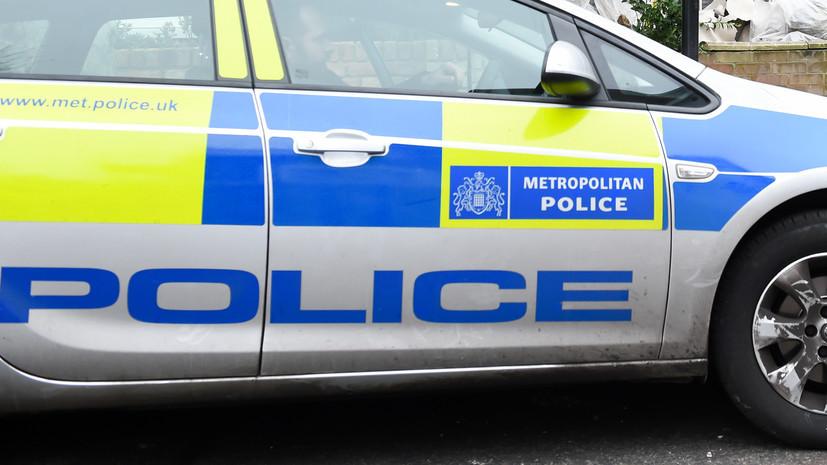 В Лондоне неизвестный выстрелил в мужчину из арбалета