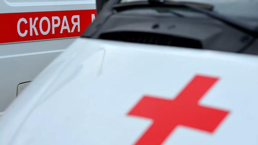 При столкновении автобуса и троллейбуса в Петербурге пострадали двое