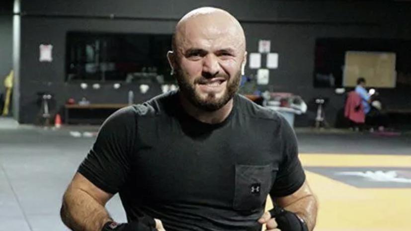 Исмаилов предложил заменить ринг-гёрл на Дзюбу в своём следующем бою
