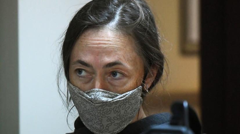 Жена Ефремова посетила актёра в СИЗО