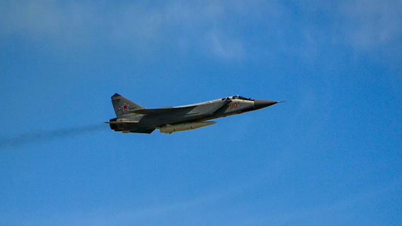 Два МиГ-31 перехватили британский самолёт над Баренцевым морем
