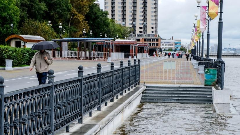 Уровень воды в реке Амур у города Хабаровска составляет 677 см
