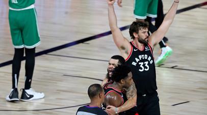 Бросок Ануноби с сиреной принёс «Торонто» победу над «Бостоном» в матче плей-офф НБА