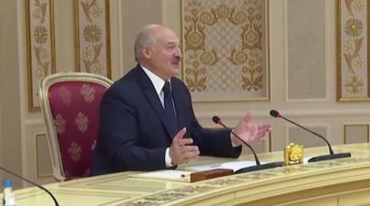 «Аж один рейс! Лучше бы не позорились»: Лукашенко о возобновлении авиасообщения между Белоруссией и Россией