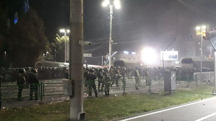 Число госпитализированных после беспорядков в Бишкеке возросло до 130