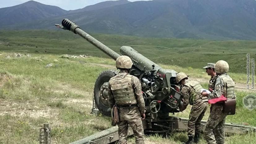 В Армении опровергли обстрел нефтяных объектов Азербайджана