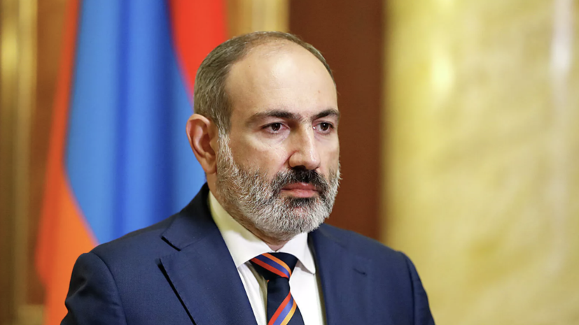 Пашинян назвал темы телефонных переговоров с Путиным