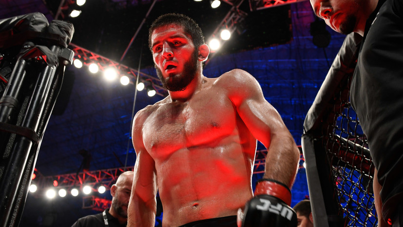 Соперник Махачева Дос Аньос снялся с турнира UFC 254