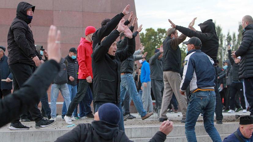 Число пострадавших на митинге в Бишкеке возросло до семи