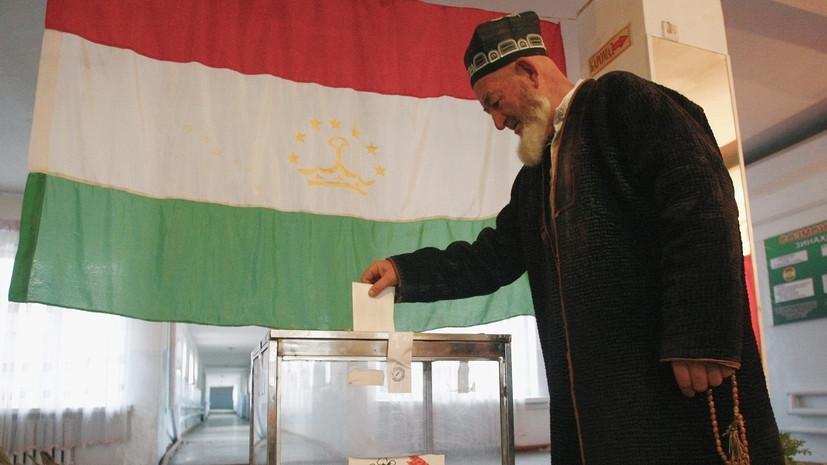Явка на выборы президента Таджикистана за первые три часа составила 20%