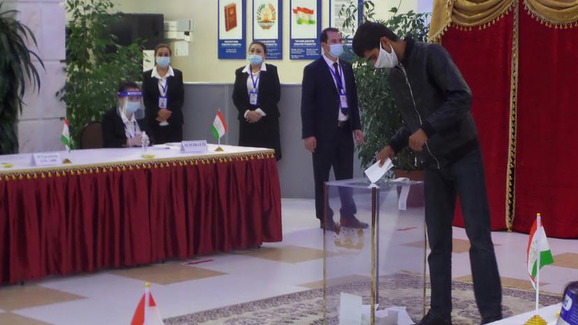 В Душанбе в день объявления итогов выборов усилили меры безопасности