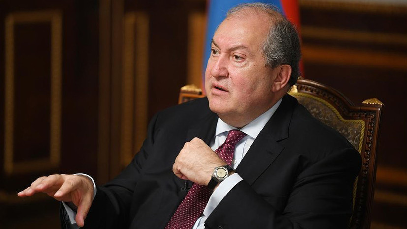 «Всем нам нужно сожалеть о начале новой войны»: президент Армении — о ситуации в Карабахе и перспективах урегулирования