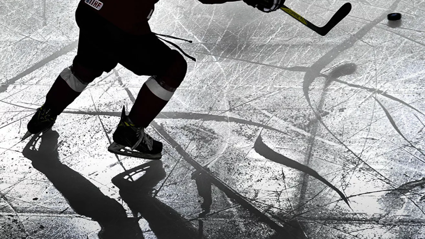 Хоккеист Тарасов опроверг слухи о том, что он получил ножевое ранение