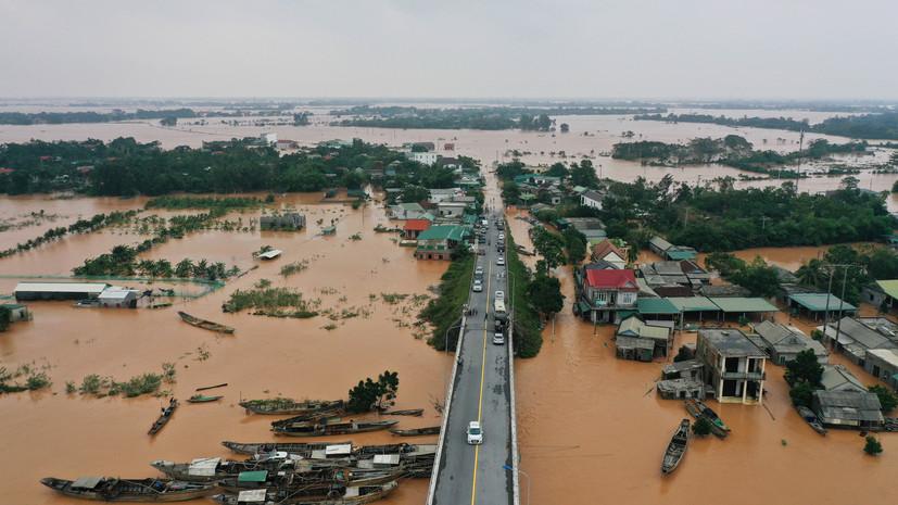 Во Вьетнаме 40 человек погибли из-за наводнений