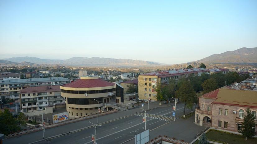 Макрон приветствовал перемирие Армении и Азербайджана