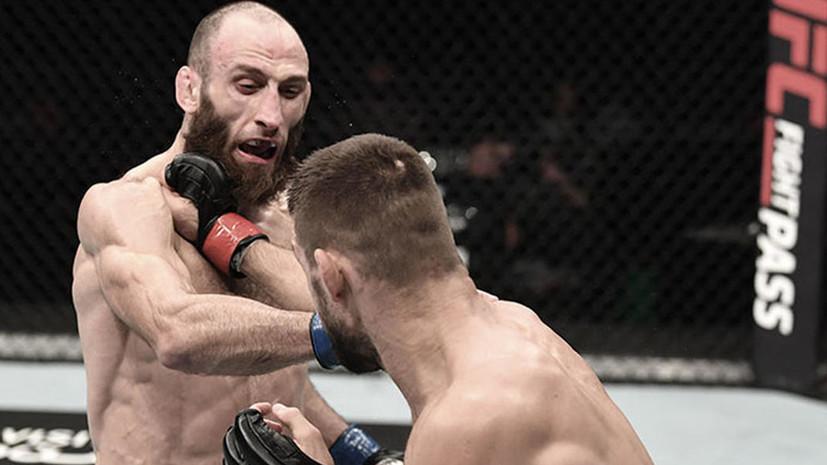 Боец UFC не согласился с решением судей, отдавшим ему победу