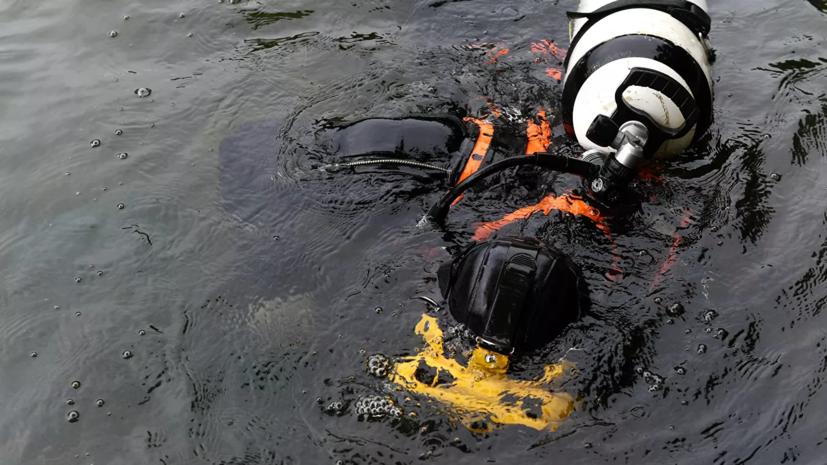 На поиски трёх человек в Баренцевом море направили водолазов