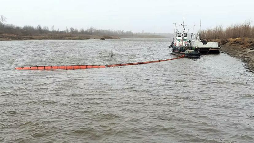 Разлив нефти произошёл в Томской области из-за столкновения двух барж