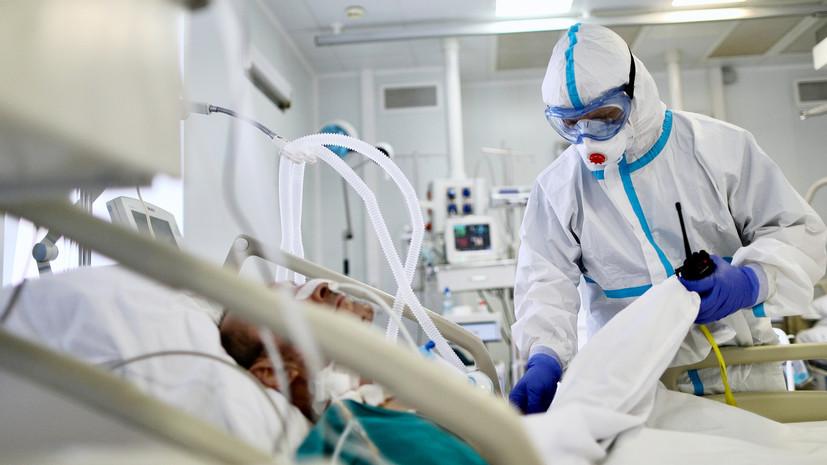 В Петербурге продлили выплаты медикам, работающим с пациентами с COVID-19