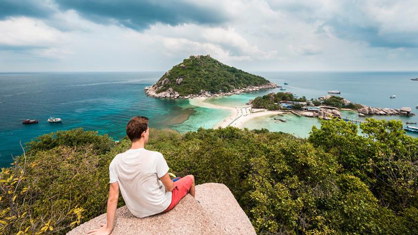 Первая за полгода группа иностранных туристов прибыла в Таиланд