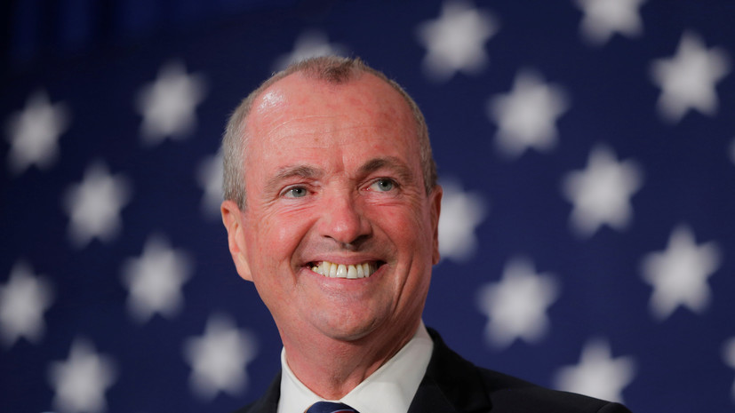 Губернатор Нью-Джерси изолировался из-за контакта с больным COVID-19