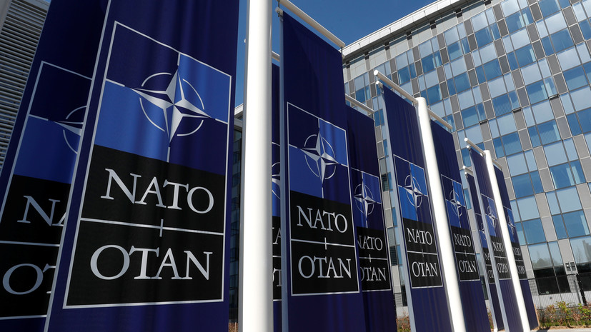 НАТО объявило о создании космического центра на авиабазе Рамштайн