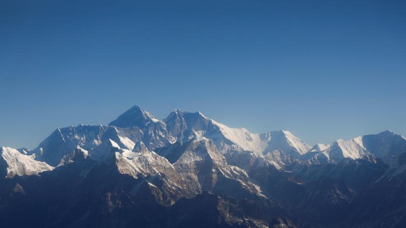 Власти Непала закрыли доступ к Эвересту из-за одного случая COVID-19
