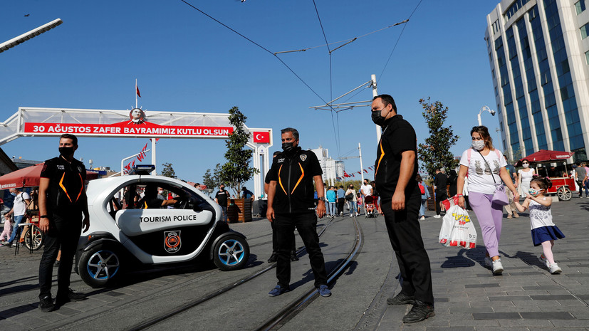 За сутки в Турции выявили 2165 новых случаев коронавируса