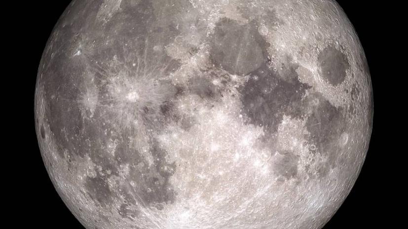 В NASA заявили об обнаружении воды на солнечной стороне Луны