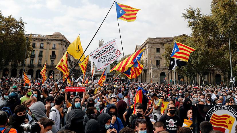 «Это уже становится смешным»: в России оценили заявления испанских СМИ о «вмешательстве Москвы» в каталонский кризис