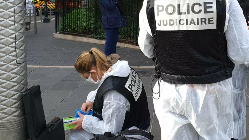 СМИ сообщили о задержании собиравшегося напасть на людей в Лионе