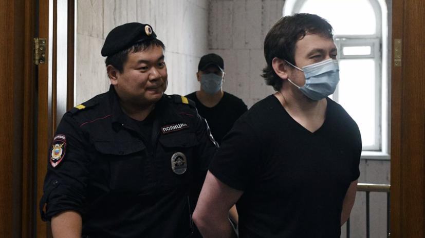 Защитника экс-полицейского в деле Голунова лишили статуса адвоката
