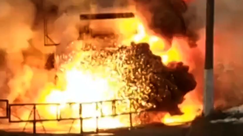 Момент взрыва кислородной будки на территории челябинской больницы попал на видео
