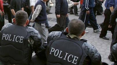 В Бишкеке милиция начала разгон протестующих